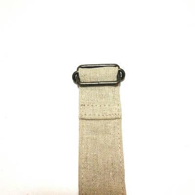 紐の端を縫う2
