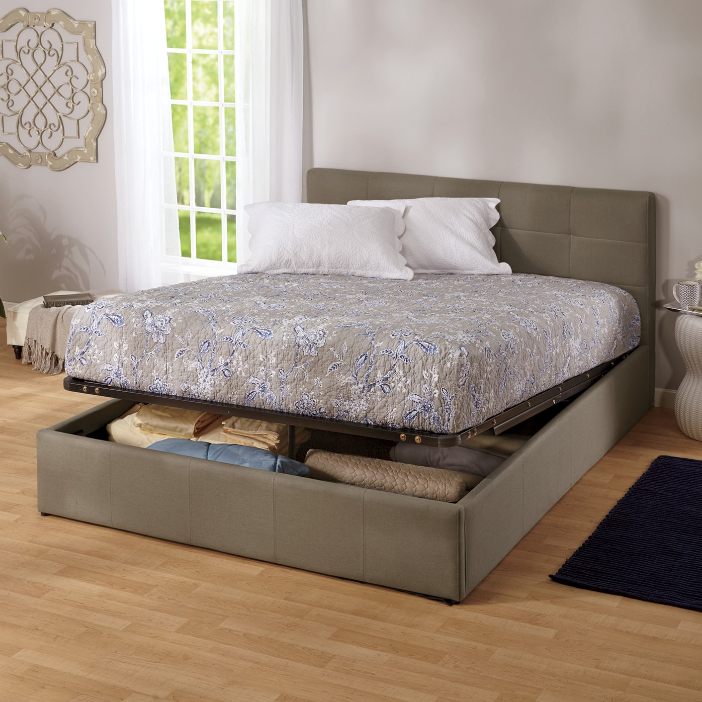 Lift Storage Bed Easy Lift Queen Storage Bed Ginny 39s