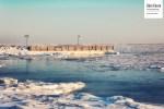 Le quai entouré de glace