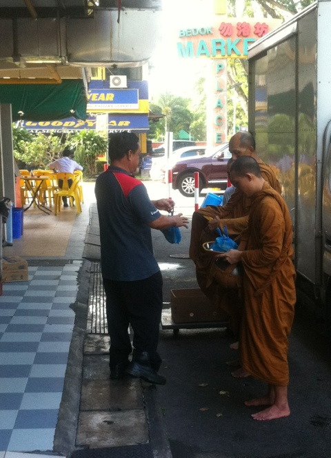 Monks from Simpang Bedok Temple (4/6)