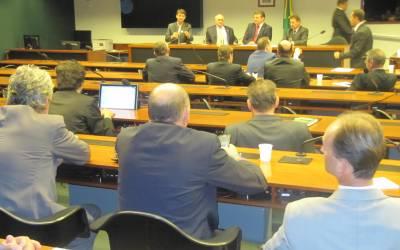 Bancada Gaúcha se reúne com FCDL nesta segunda-feira