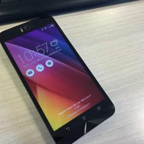 ASUS Zenfone Selfie (ZD551KL) 3