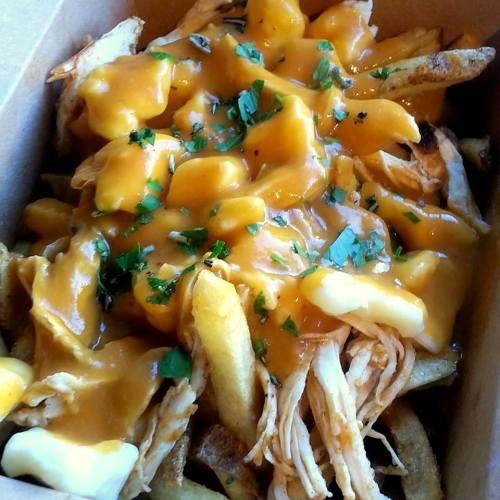 Cut the Cheese_Smoked Chicken Poutine_Toronto