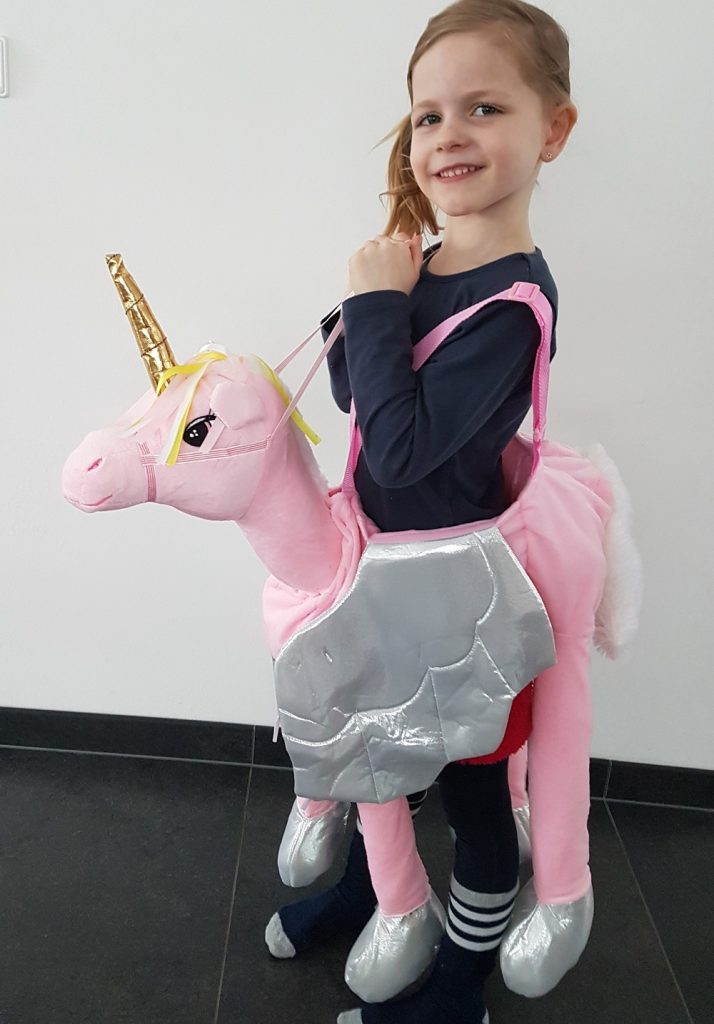 Eenhoorn Slaapkamer Unicorn Kostuum ★ Let's Ride On A Unicorn! ★ Girlslabel