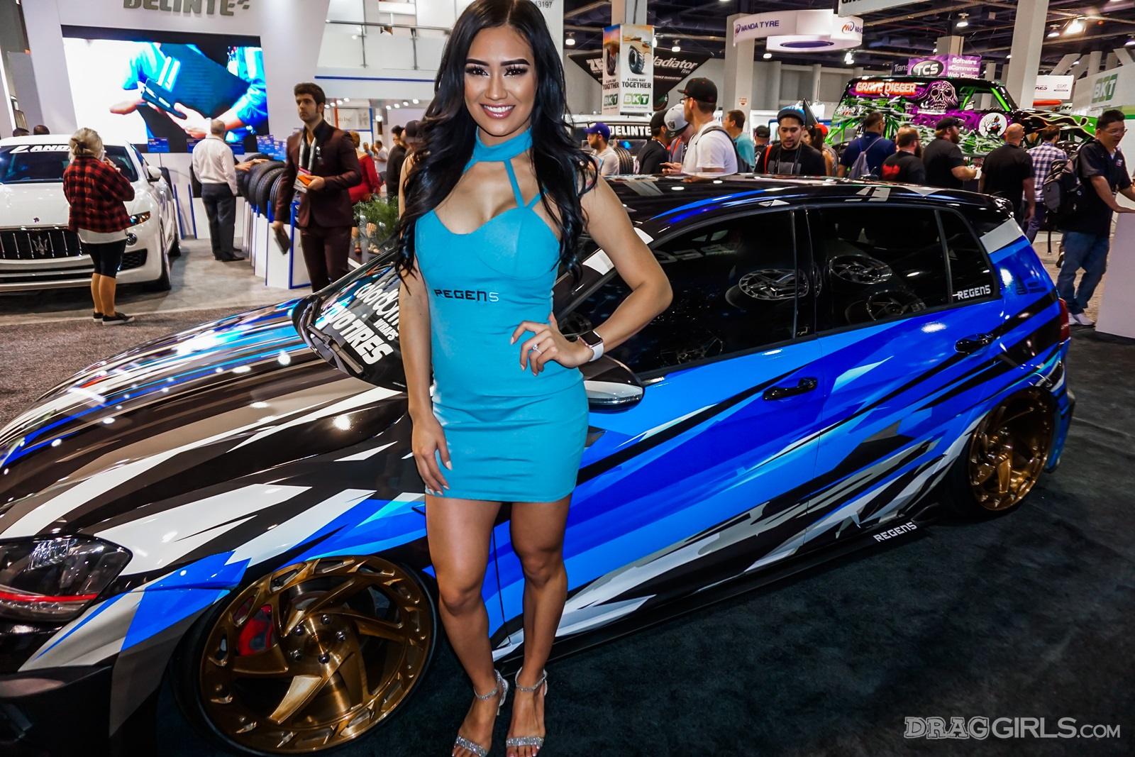 Car Manufacturers In The World The Girls Of Sema 2017 Gallery Girls N Cars