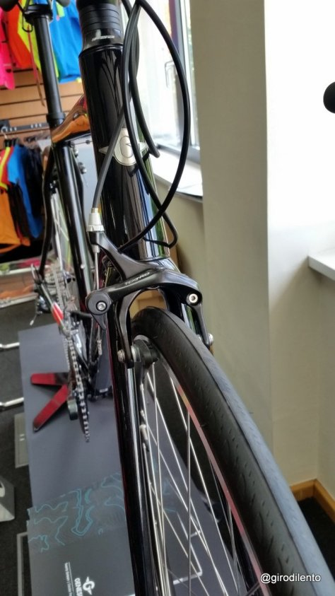 Genesis Delta front fork clearance (for guards)