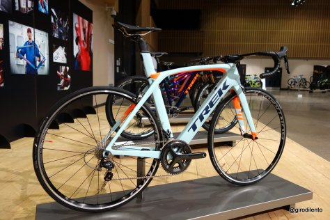 Project One Madone 9 series with Ultegra mechanical build