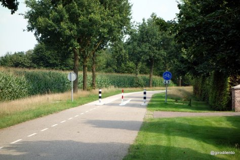 """Rural """"filtered permeability"""" - this road closed to cars once past driveway on right (so resident has access)"""