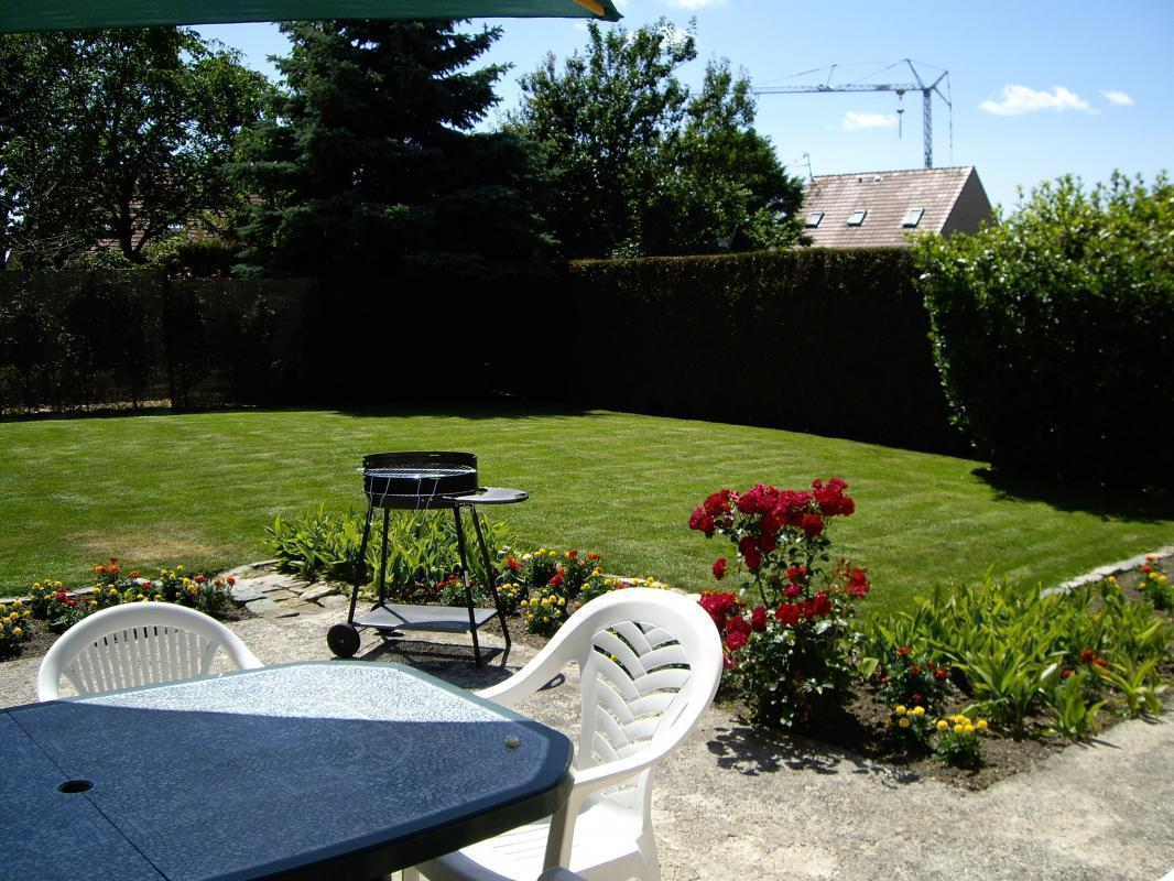 Jardin Exposé Nord Holiday Rental Cottage Killem Nord North Pas De Calais France