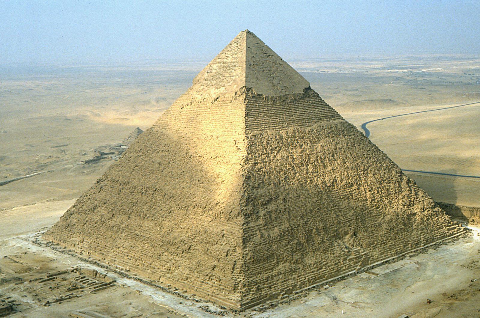 Digital Giza Khafre Pyramid