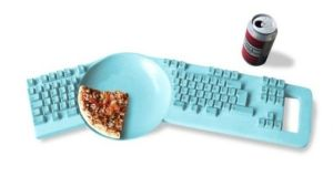 Keyboard with a plate