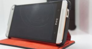 HTC-One-with-case-575x3811