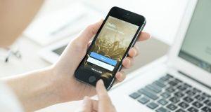Twitter login screen on Apple iPhone 5S