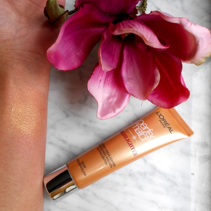 loreal-perfect-match-highlighter-golden-glow-101-swatch