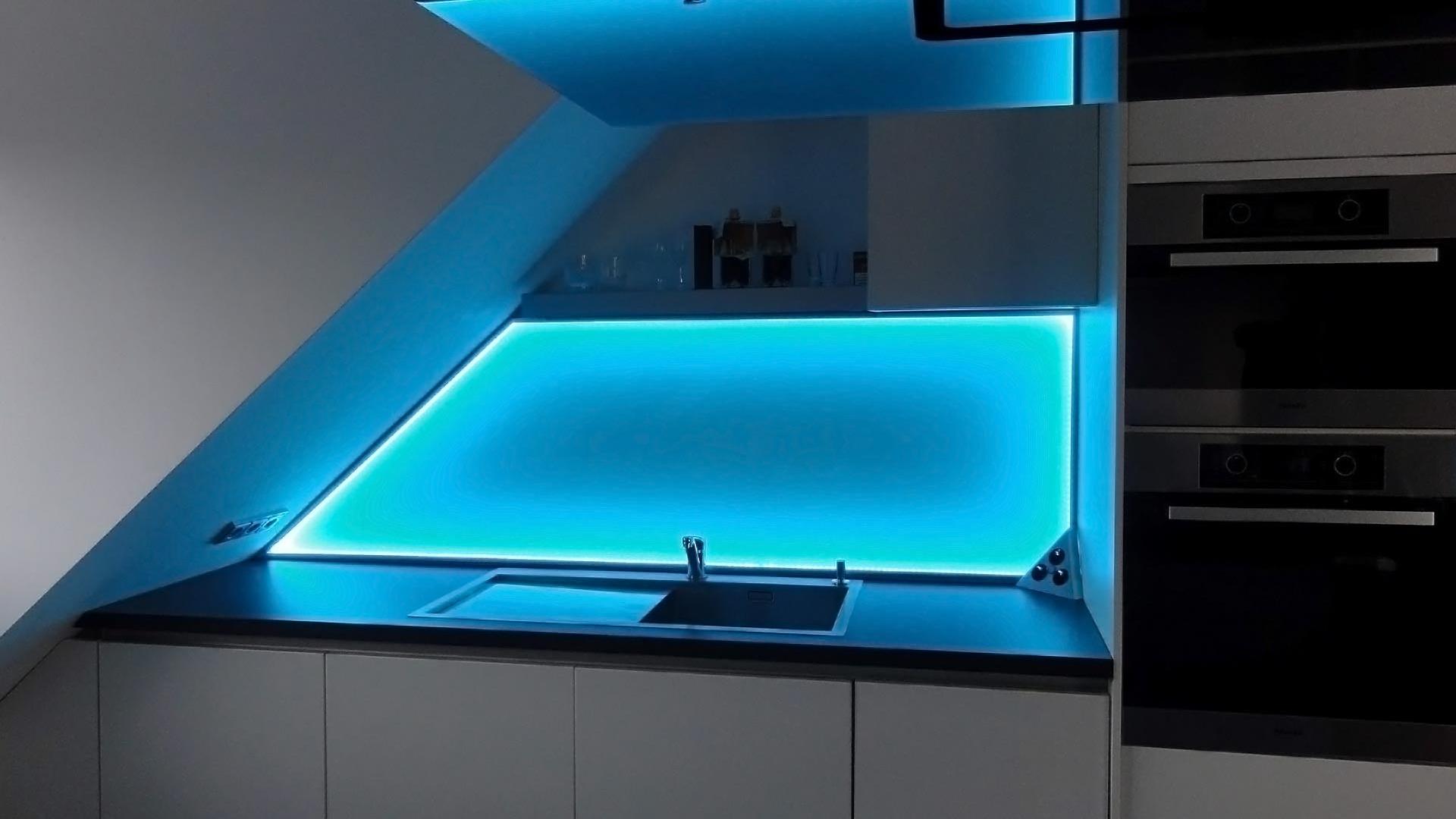 Küchenrückwand Glas Beleuchtet | Küchenrückwand Ideen Und ...