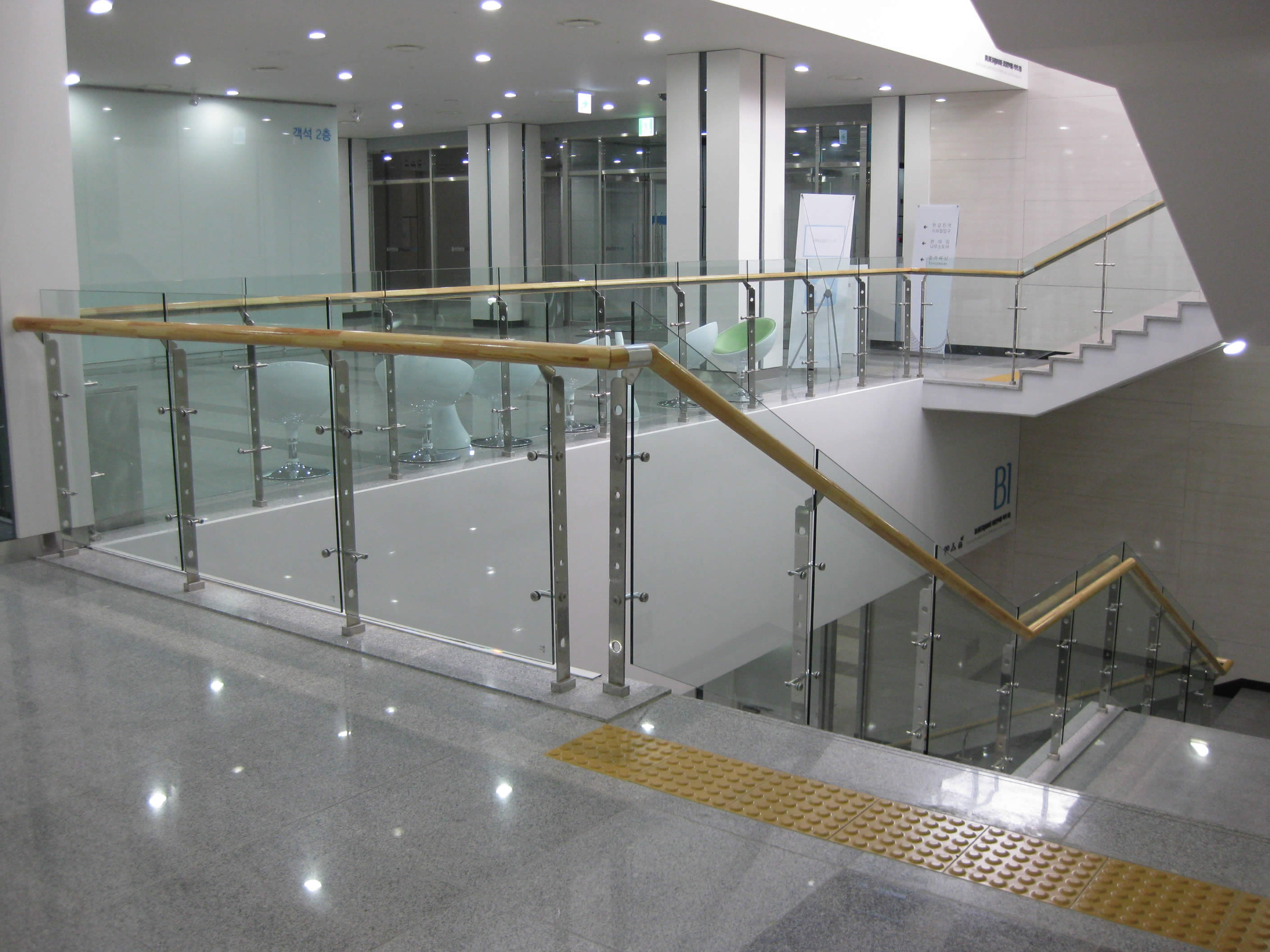Balustrade Tangga Glass Railing For Stairs And Balcony Glass Creations