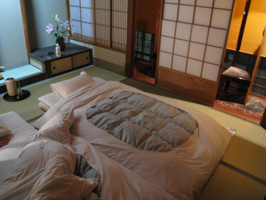 Futon Japan Advantages And Disadvantages Of Sleeping On Futons