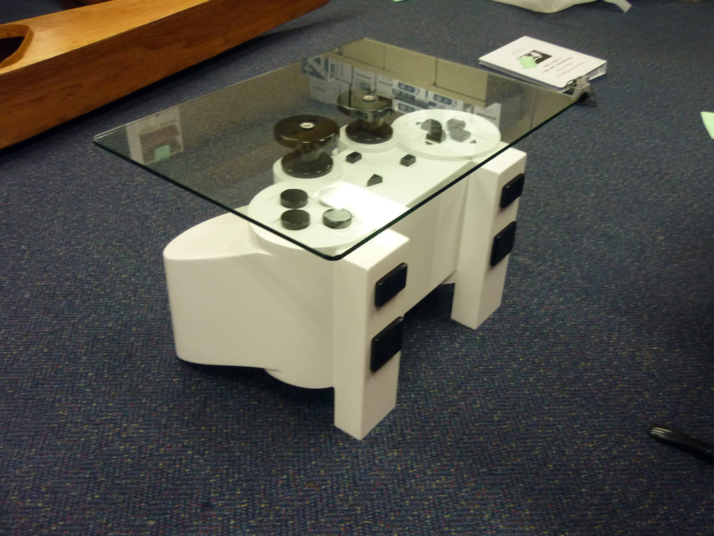 Geeky Coffee Tables I Want This Playstation Controller Coffee Table Global