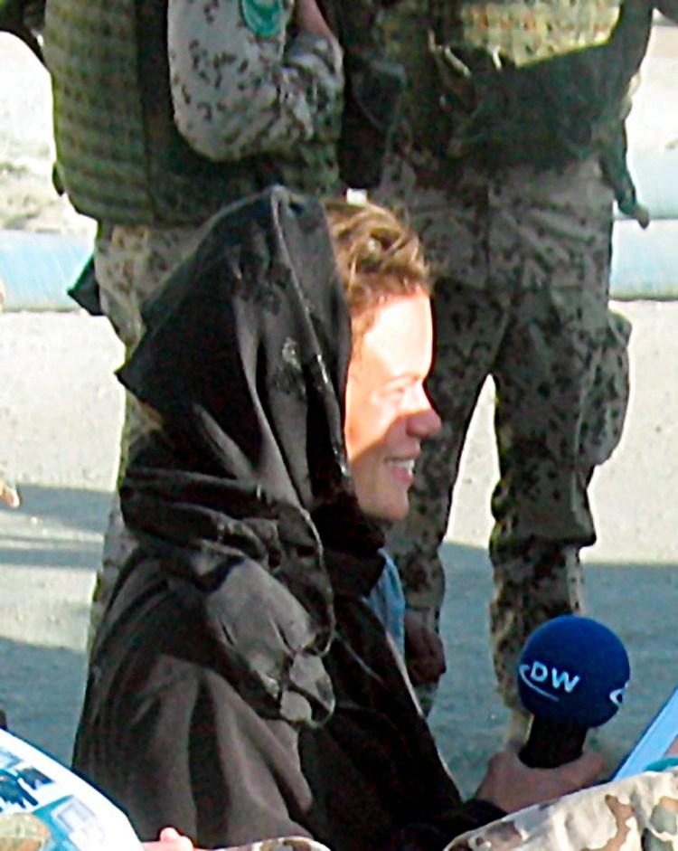 A file photo showing German journalist Karen Fischer in Kabul, Afghanistan, 5th October 2004. Photo credit: EPA/Karen Fischer