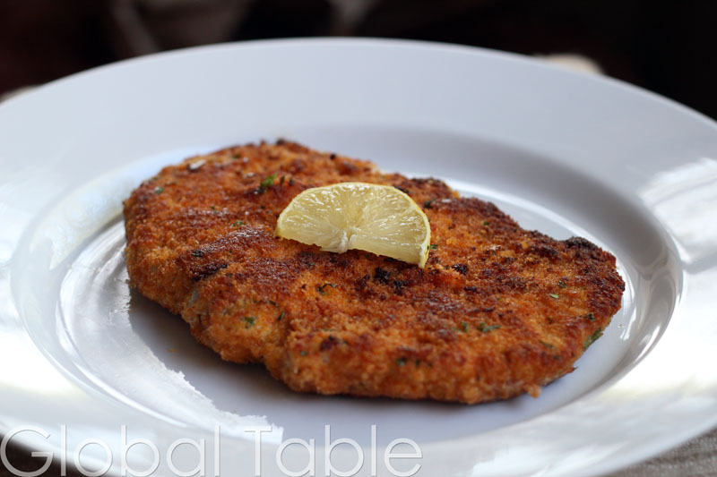 "This very large plate makes it hard to tell that this Weiner Schnitzel is about 8"" in diameter!"