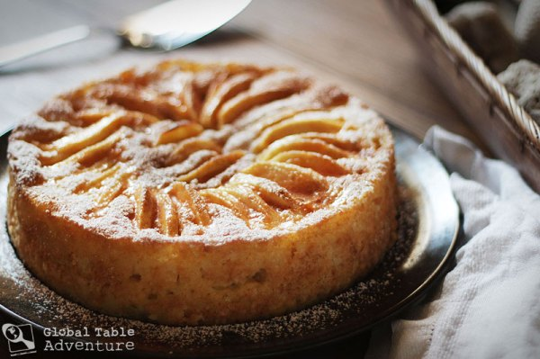 Apple Cake Cinnamon Powdered Sugar