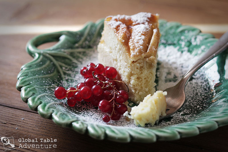 Dainty Apple Cake | Äppelkuch | Global Table Adventure