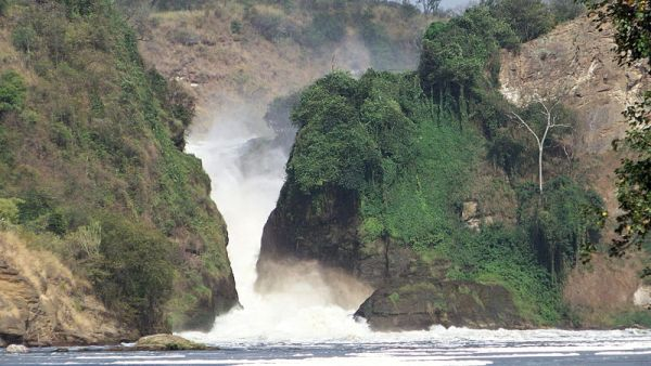 Murchison Falls seen from river Nile. Photo by Albert Backer.