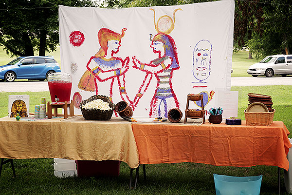 How to throw an Egyptian-themed birthday party