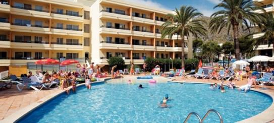 Majorca-Bellevue-Club-Swimming-Pool-730x328