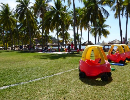 Family Hotel Review: Club Med Ixtapa, Mexico