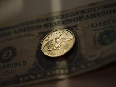 الدولار/كندي يقفز لأعلى سعر في 8 أسابيع بعد صدور بيانات أمريكية وكندية بواسطة Investing.com