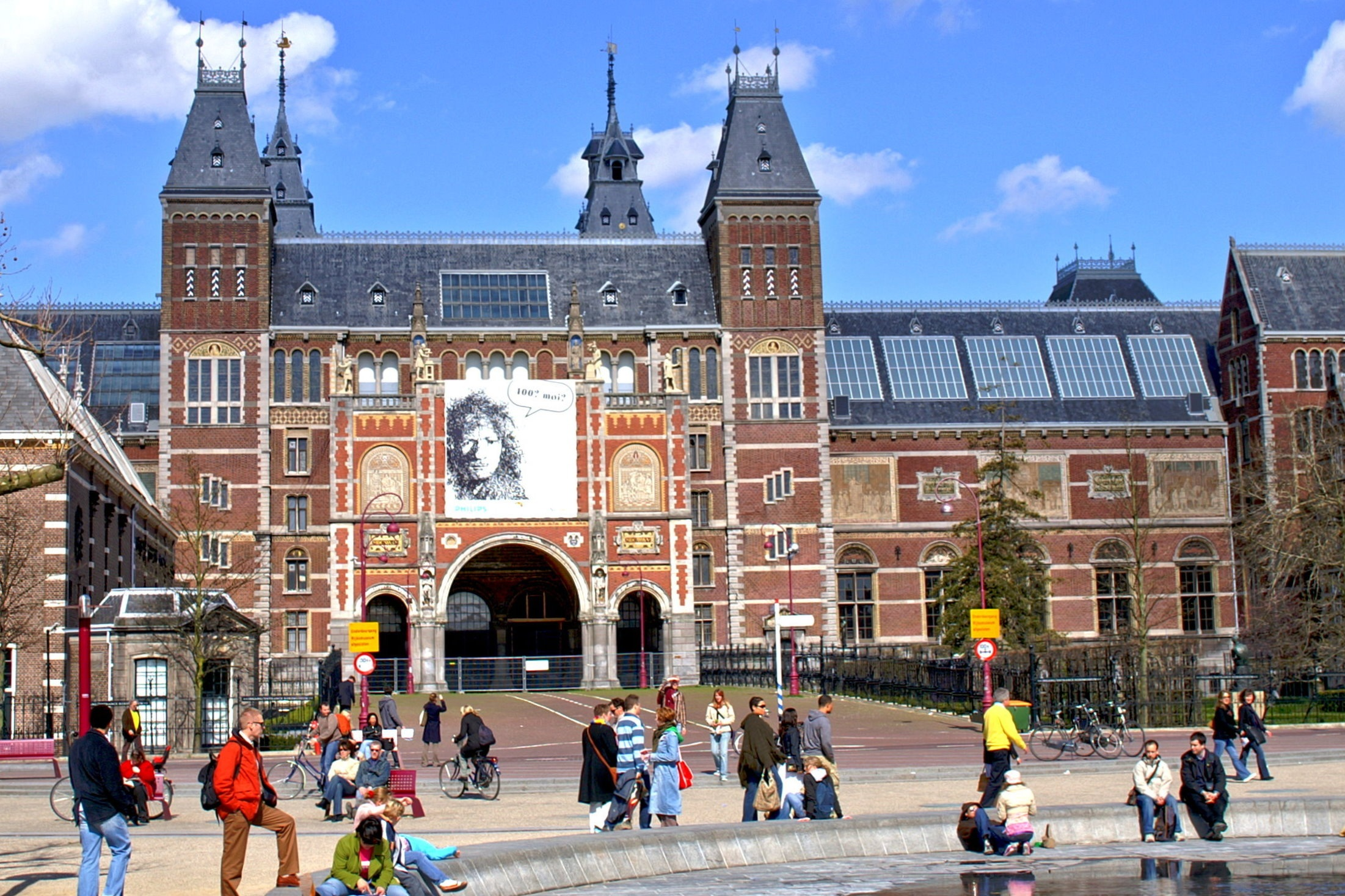 Amsterdams Museum The Top Attractions In Amsterdam Gloholiday