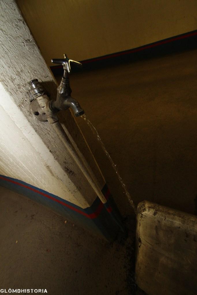 Självförsörjande anläggning ,och därmed vatten som är riktigt rent direkt från borrad brunn.