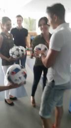 Wylicytuj piłkę z autografem Roberta Lewandowskiego