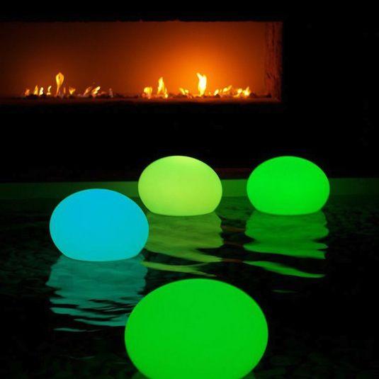 Cool-Glow-Stick-Ideas-Glow-Stick-Pool-Lanterns-13