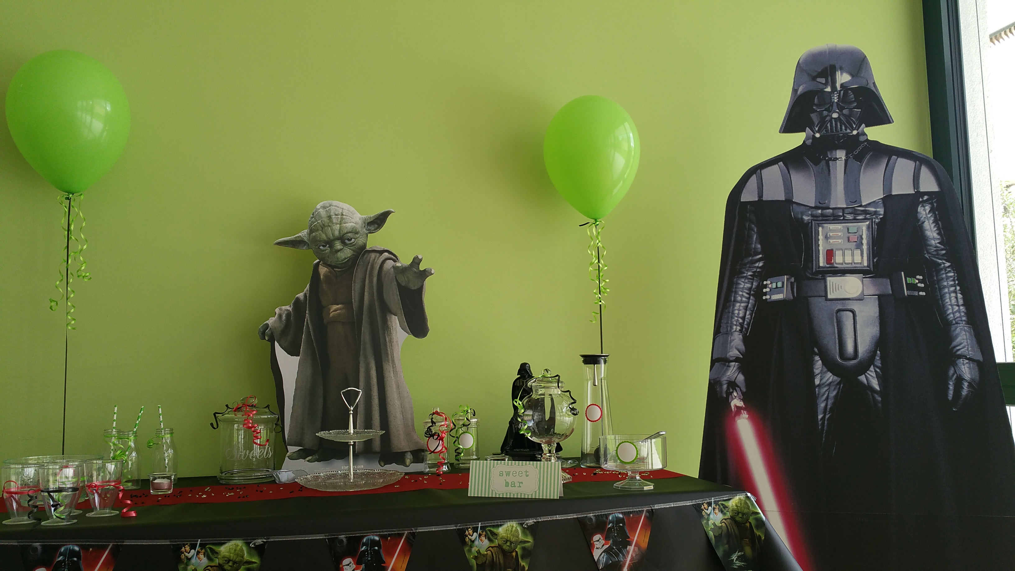 Candy Bar Gläser Star Wars Dekoration | Kindereventagentur Glueckskinder