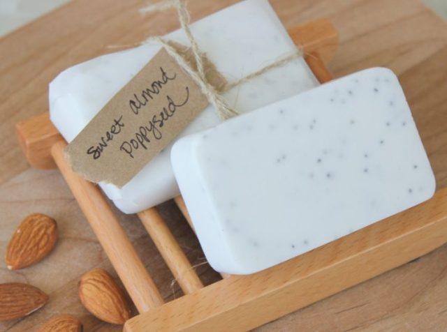 Homemade Poppyseed Soap www.gluesticksblog.com