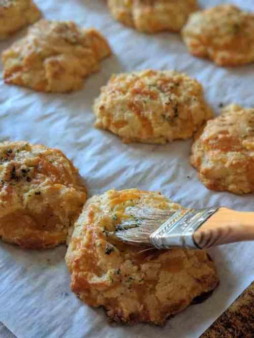Fantastic Gluten Free Cheddar Bay Biscuits Ly Seasoned Cheddar Bay Biscuit Mix Recipes Cheddar Bay Biscuit Recipe Keto Ping Gluten Free Cheddar Bay Gum Free