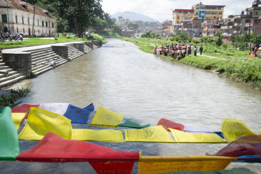 gebetsfahnen_pashupatinath_nepal