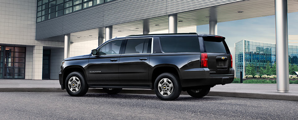 Comparing The Chevy Suburban 3500HD To The Regular Suburban GM