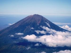 Gunung Agung Morales Fallon
