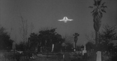 Alien survey, Lovecraft movie in the works & V-shaped UFO sightings