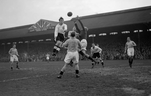 Bert Trautmann takes to the skies to deny Fulham at Craven Cottage in 1950 (Source: www.whoateallthepies.tv)