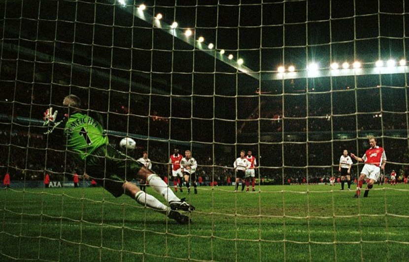 Dennis Bergkamp's penalty against Manchester United