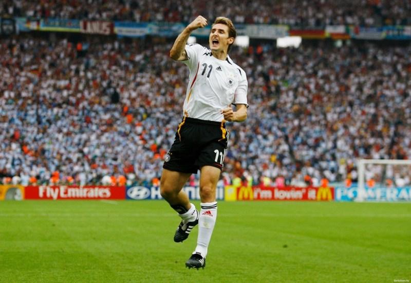 Miroslav-Klose-15