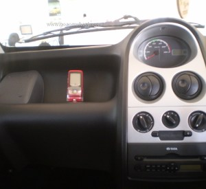 Tata Nano mobile 2