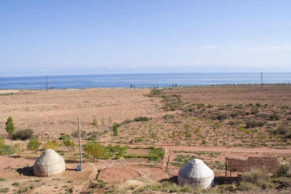 yurt on issyk kul