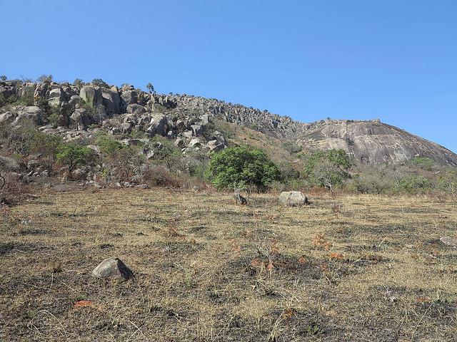 The landscape above Gobholo Cave