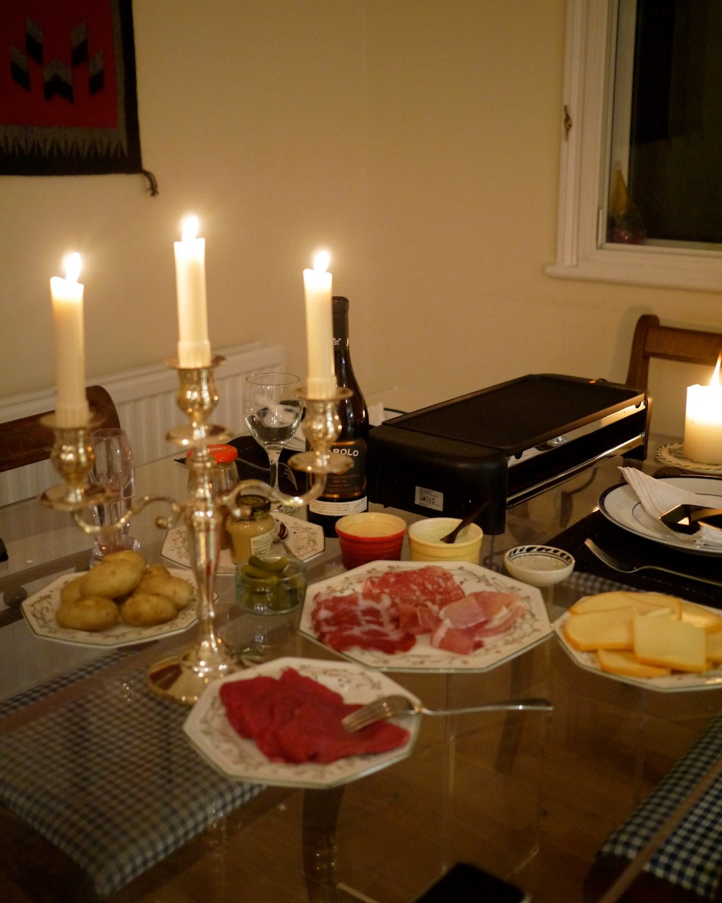 La Table A Raclette Grill Of My Dreams Godsavethescene