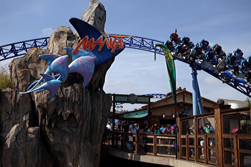 manta roller coaster ride at san diego seaworld park